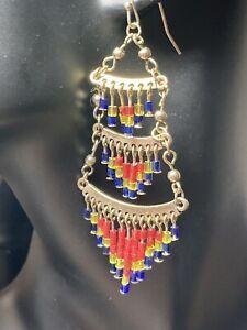 Pretty gold-tone tiered beaded earrings (pierced) E008