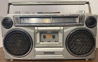 Vintage Sanyo AM/FM Cassette Player Boombox M9902-2 Portable Radio Music Works!
