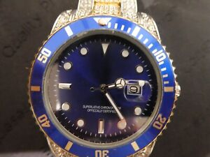 LARGE GENTS FASHION WATCH BLING BLING. NEW.