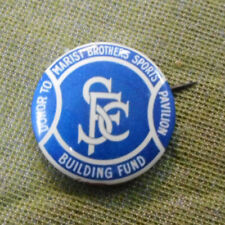 #D382. MARIST BROTHER SP0RTS CLUB  TIN BADGE