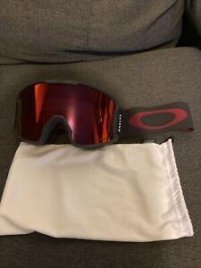 Oakley Line Miner Ski Snowboard Goggles Prozm Torch