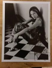 New ListingJennifer Lopez Autographed 8 x 10 Photo