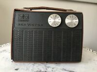 VINTAGE RCA VICTOR 8 TRANSISTOR AM RADIO MODEL RFG 25B, FOR PARTS / REPAIR