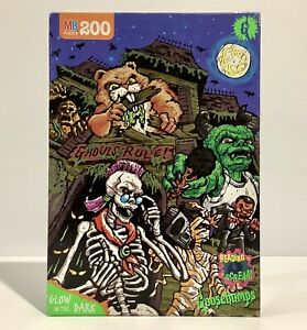 Vintage Goosebumps Jigsaw Puzzle 200 Pce Glow In The Dark NEW SEALED USA 1996