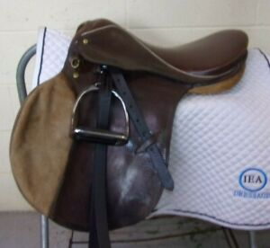 "SILVER CUP - DURABLE English/Jumping Schooling Saddle - 17"" -Leathers/Irons- WOW"