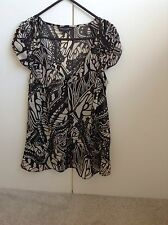 Dorothy Perkins Size 10 Ladies Cap Sleeve Butterfly Print Top
