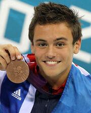 Tom Daley sin firmar Foto - 284-medallista olímpico Diver