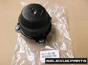 Lexus GS350 GS300 (AWD) (2006-2011) OEM TRANSMISSION MOUNT Insulator 12371-31082