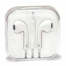 Apple MD827ZM/B EarPods with Remote Control and Microphone - White