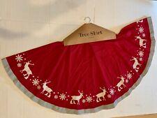 "Large Vintage-Style Reindeer CHRISTMAS TREE SKIRT, 52"", Primitives by Kathy"