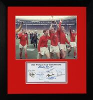 BOBBY CHARLTON ENGLAND 1966 WORLD CUP FINAL WINNERS FULLY SIGNED PRESENTATION