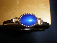 Vintage Avon Gold Tone Blue Stone Bangle Bracelet  GOLD TONE WITH HINGE