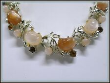 VINTAGE SIGNED CORO GOLDTONE LEAF RHINESTONE & CARVED LUCITE JELLY BELLY CHOKER