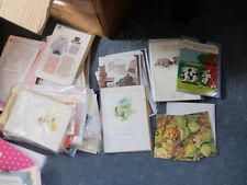 JOB LOT OF AT LEAST 320 GREETINGS CARD. 395 ITEMS IN TOTAL - Mixed conditions