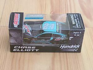2016 #24 Chase Elliott Mountain Dew Baja Blast 1/64 Action NASCAR Diecast MIP