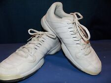 Men's Adidas White with Gray Accents Tennis Shoes U.S. Size 9