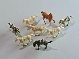 Vintage Lot of 8 Marx Plastic Toy Horses 8421