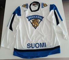 Suomi  Finland Ice Hockey  Kit. Size M. In good condition.