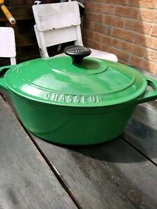 Vintage Chasseur Cast Iron Oval Enameled Casserole Dish (Like Le Creuset) French
