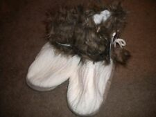 Luxe Knit Collection cream cable knit slipper boots & ties w/faux fur trim NWT L