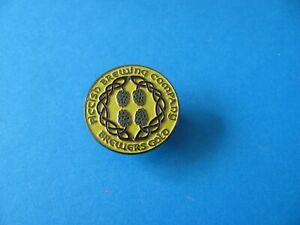 """ Brewers Gold "" PICTISH Brewery pin badge, VGC. Unused."