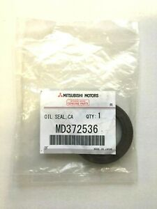 2003-2006 Gen3 Mitsubishi MONTERO 3.8L Front Camshaft Oil Seal, MD372536 OEM