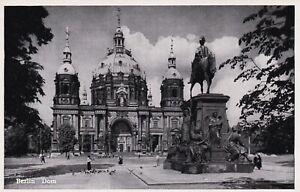 AK Berlin Dom Tauben Denkmal stampsdealer