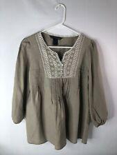 St. Tropez West women's size M blouse tan linen embroidery pleats lace buttons