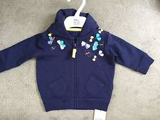 M&S BLUE Cardigan con cappuccio con farfalle cucito su entrambe le spalle - 0-3m- NUOVO CON ETICHETTA