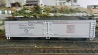Athearn HO BB Modern Milk Round Roof 50' Express Reefer, Upgraded, Exc.