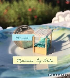 1:144 Scale Handmade Dollhouse Miniature Teal & Lots Of Polka Dots Canopy Bed