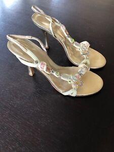 Mollini Gold Jewelled Slingback Heels Shoe - Size 39 (8AU)