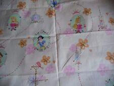 "coupon tissu   DISNEY  ""  princesses ""  88 X 150 CM"