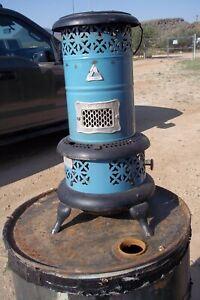 Antique Robin Egg Blue Enamel Perfection No. 480 Parlor / Cabin Oil Heater Stove