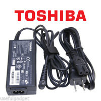 Original TOSHIBA Tecra A50-ASMBNX9 R950-SMBNX6 AC Charger Power Adapter