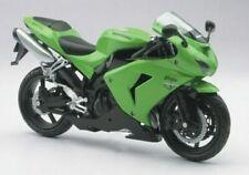 Motos miniatures verts Kawasaki