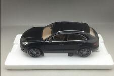 1:18 Minichamps 2013 Porsche MACAN TURBO Die Cast Model