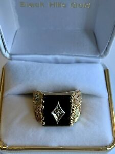 10K Black Hills Gold, Onyx, Diamond Mens Ring: Size 8, 6 Grams - Tri Color Gold