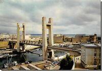 CPM - BREST - Pont de recouvrance et le château