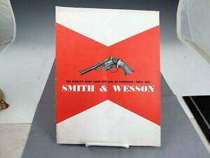 Vintage 1965 S&W Smith & Wesson Pistols Firearms Guns Handguns Catalog