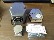 LCN Closers Sentronic 7820 SEM Electro Magnet 24V-AC/DC ALUM Fire Door Holder
