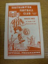 17/11/1962 Southampton v Newcastle United  (Creased). Bobfrankandelvis the selle