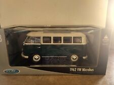 1962 VW MICROBUS. WELLY. DIE CAST with Plastic Parts. SCALE 1:18. New in Box.