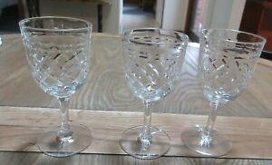 SET 3 TUDOR ENGLAND HEAVYCUT CRYSTAL STEMMED WINE GLASSES 11CM HIGH STUNNING SET