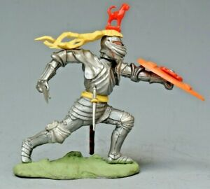 """Britains #1471 """"Swoppet"""" C15th Knight With Sword, YELLOW Favour...!!"""