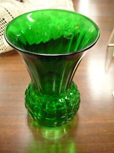 "Elegant Green Round Base Vase 9"" Tall x 5""  - Very Good Condition #100"