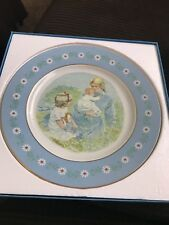 """Avon """"Tenderness"""" Collectors Plate, single issue"""