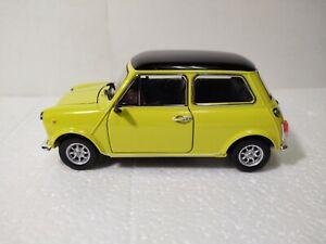 WELLY Mini Cooper 1300 Jaune Voiture 1:24 À L'Échelle Miniature dc3243