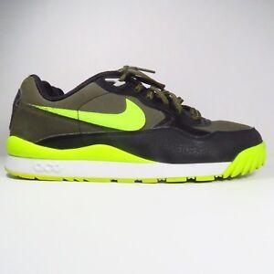 Nike Wildwood ACG Sneakers in Size 6 Y