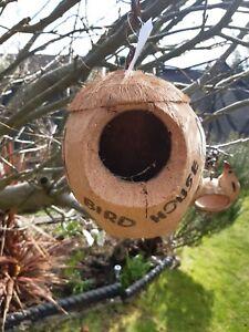 Hanging Coco coconut wild pet Bird parrot rodent house nest box Garden ornament